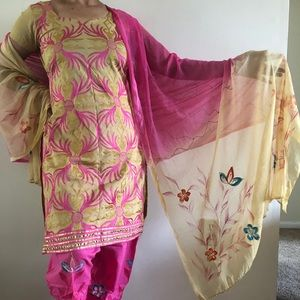 Lovely pink and tan Kurta set